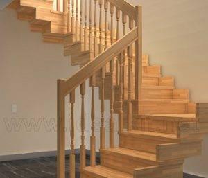 Escalera de madera