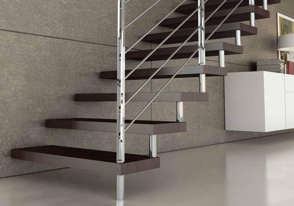 Escalera de tramos modelo Glam con peldaños de maderay barandilla modelo R5 de Enesca.es