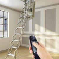 Escalera plegable para techo Flexa Automática 300
