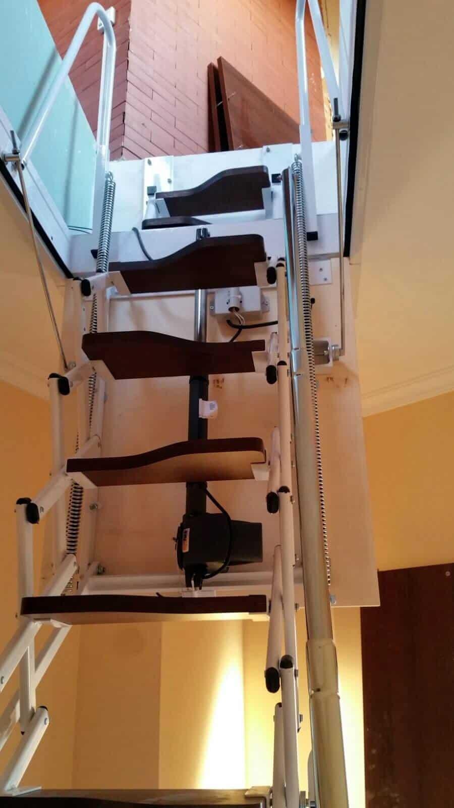Escalera Plegable Elegant Automática 3 - Enesca.es
