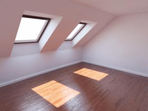 Instalar una claraboya aporta espacio y luz de Enesca.es