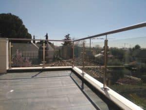 baranda de exterior de metal inoxidable de Enesca.es