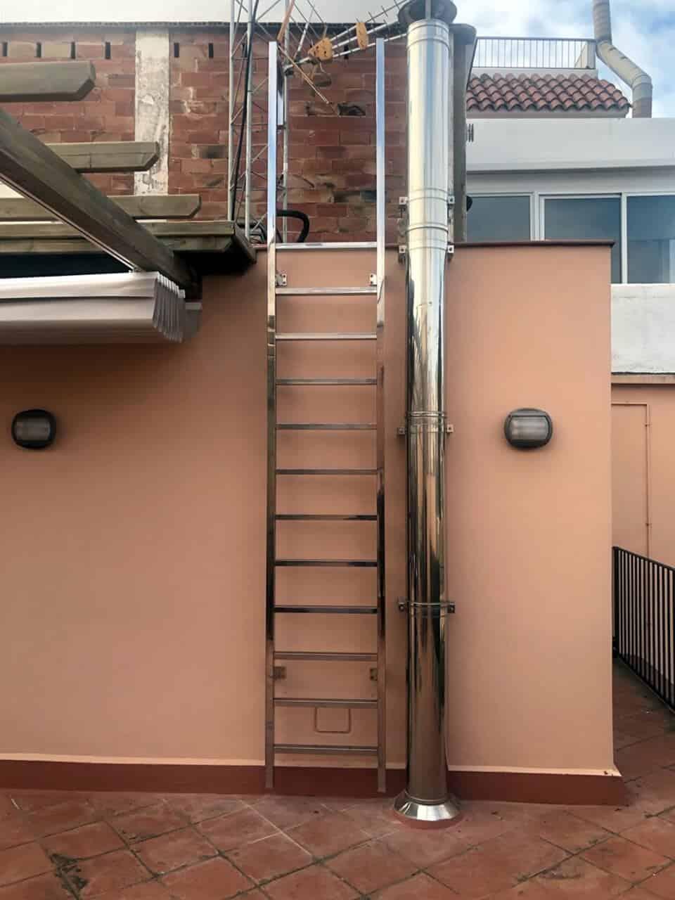 Escalera recta para exterior | Enesca.es